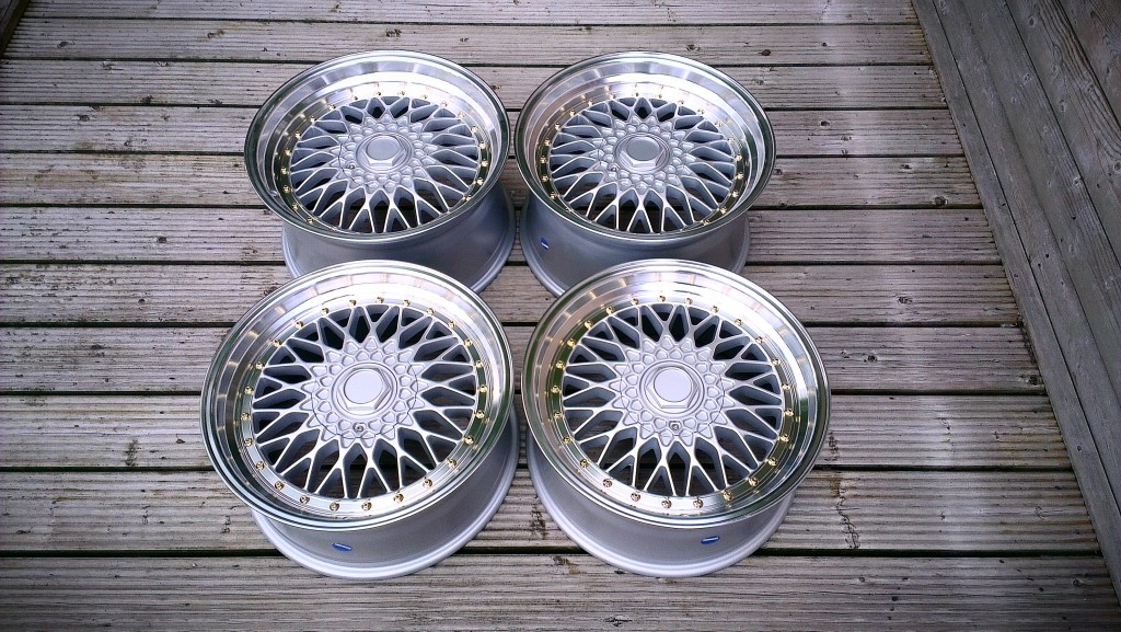 "15"" Staggered BBS RS Style Wheels - Silver / Machine Lip / Gold Rivets - VW / Audi / MINI - 4x100"