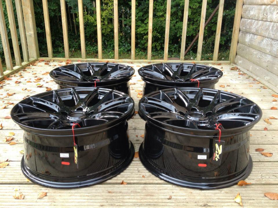 "18"" Staggered ZITO 935 Wheels - Black - E90 / E91 / E92 / E93"