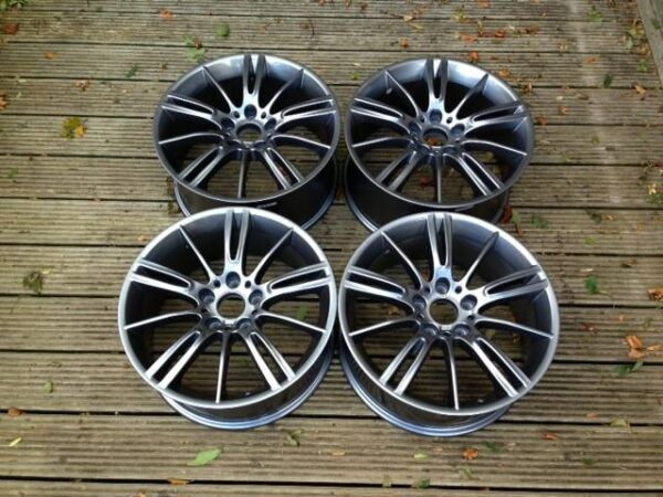 "17"" MV3 Style Wheels - Gun Metal - E9x / E36 / E46 / Z4"
