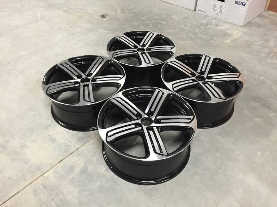 "19"" Golf R Cadiz Style Wheels - Gloss Black / Machined - VW / Audi / Mercedes - 5x112"