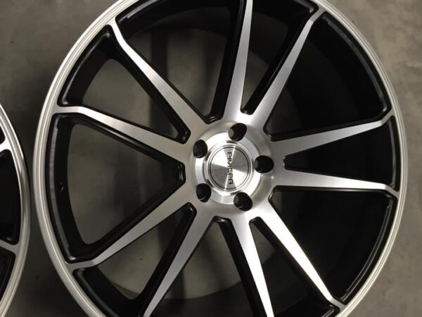 "22"" RIVIERA RV116 Onyx Wheels - Black / Machined - X5 X6 / Range Rover Sport / VW T5"