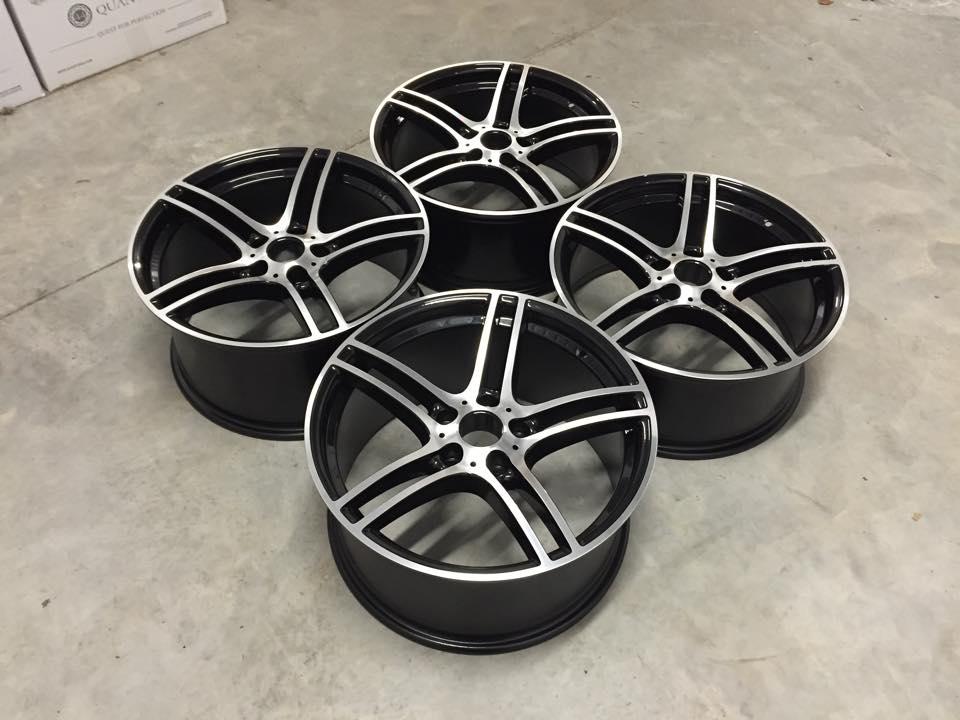 "19"" Staggered 313 Style Wheels - Gloss Black / Machined - E90 / E91 / E92 / E93 / F10"
