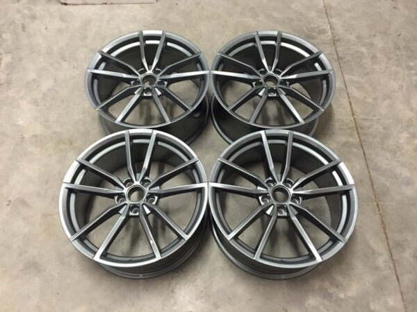 "19"" VW Golf R Pretoria Style Wheels - Gloss Gun Metal - VW / Audi - 5x112"