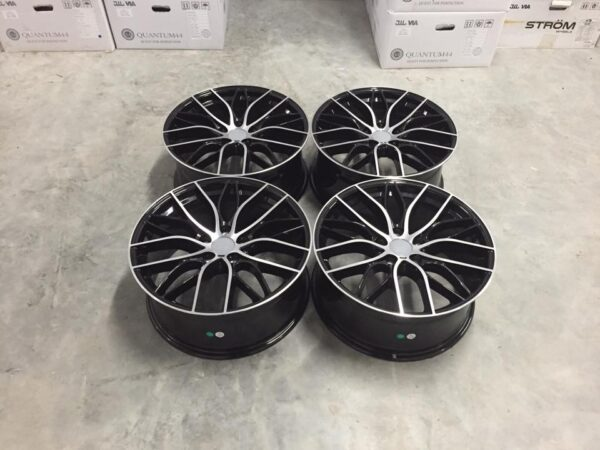 "18"" Staggered 405M M Sport Style Wheels - Gloss Black Machined - E90 / E92 / F10 / F30 / E46 / Z4"