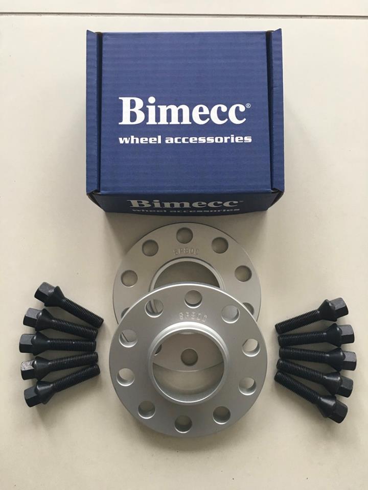 2 x 12mm BIMECC Silver Wheel Spacers - Black Bolts