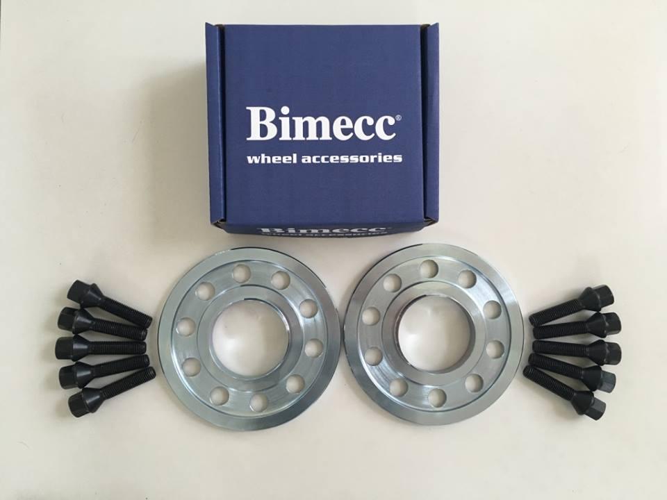 2 x 10mm BIMECC Steel Wheel Spacers - Black Bolts - 5 x 112 / 66.6