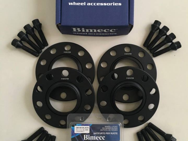 4 x 12mm BIMECC Black Wheel Spacers - Black Bolts & Locks