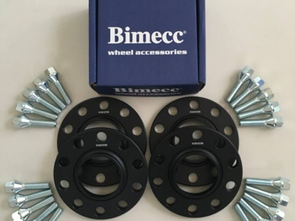 4 x 12mm BIMECC Black Wheel Spacers - Silver Bolts