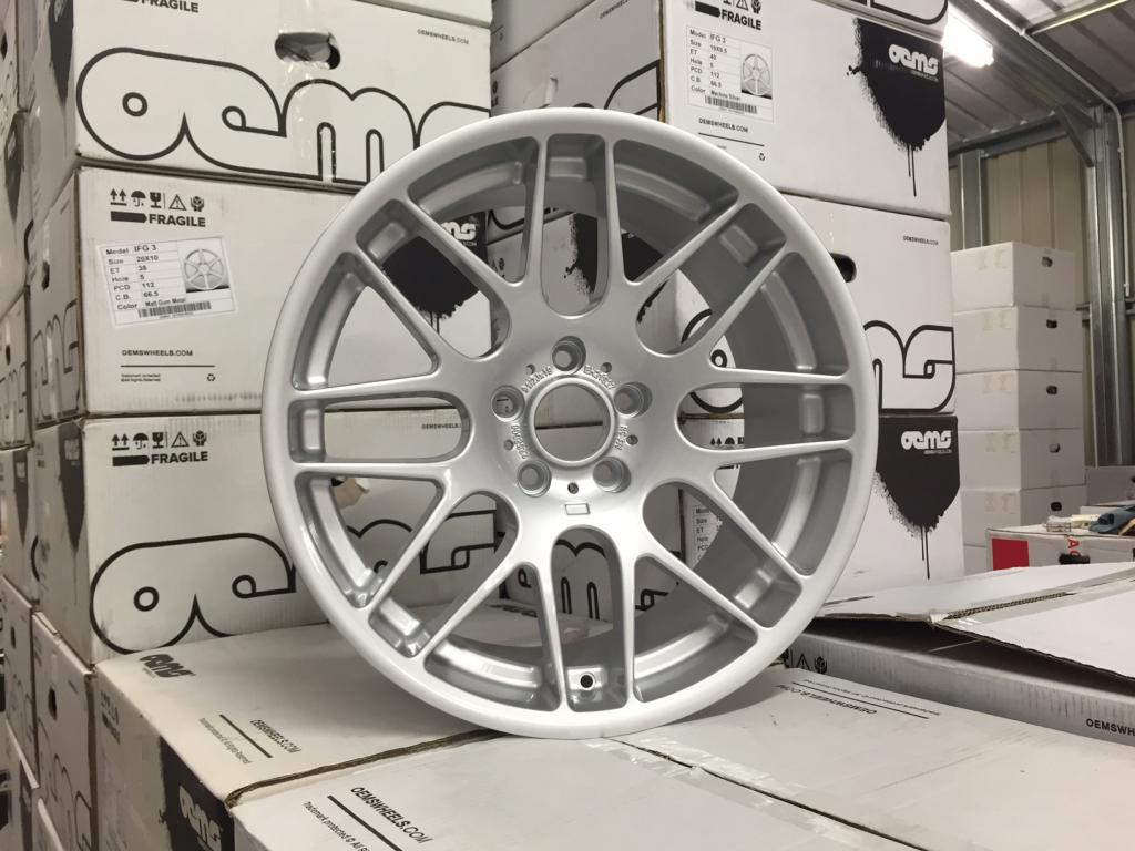 "19"" Staggered CSL Style Wheels - Silver - E90 / E91 / E92 / E93 / E46 M3"