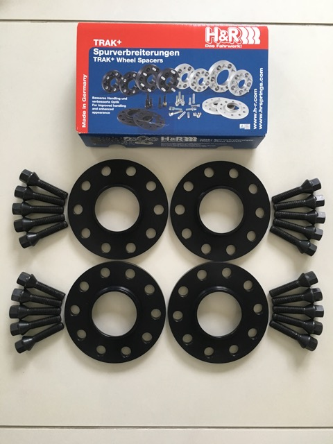 4 x 10mm H&R Black Wheel Spacers - Black Bolts