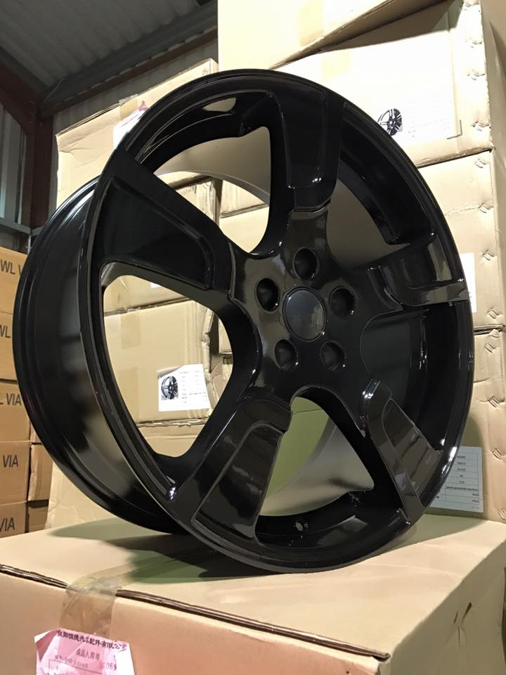 "20"" VW Transporter T5 T6 Sportline Style Alloy Wheels - Gloss Black - 950kg Load Rated"