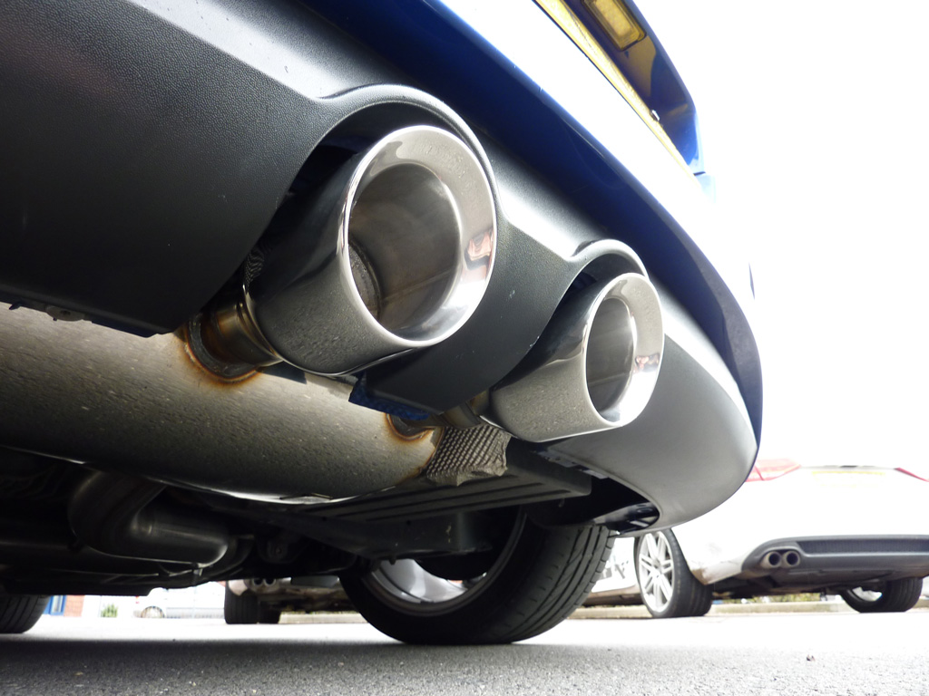 MILLTEK Cat Back Exhaust System SSXVW133 Volkswagen Golf MK5 R32 3.2 V6