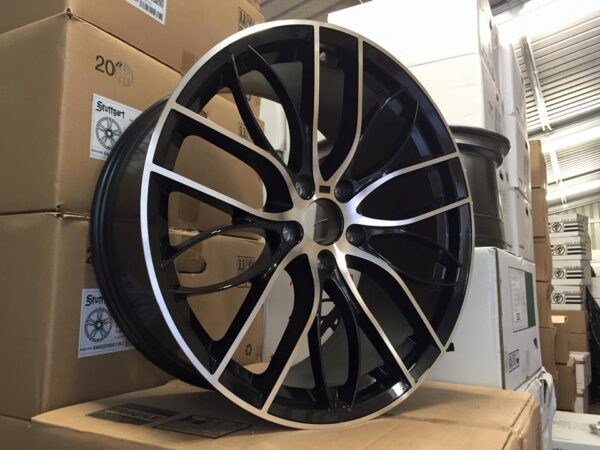 "19"" Staggered 405M Style Wheels - Gloss Black / Machined - E90 / E91 / E92 / F10 / E46 / Z4 / F30"