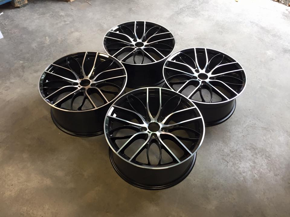 "20"" Staggered 405M Style Wheels - Gloss Black / Machined - E90 / E91 / E92 / F10 / E46 / Z4 / F30"