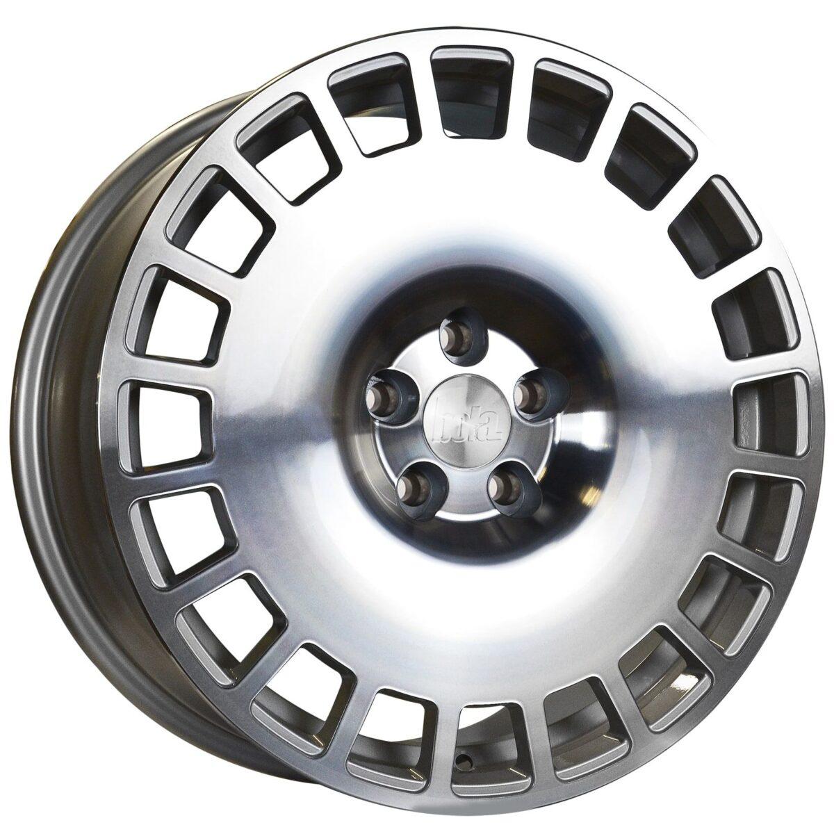 "18"" BOLA B12 Wheels - Silver Polished Face - VW / Audi / Mercedes - 5x112"