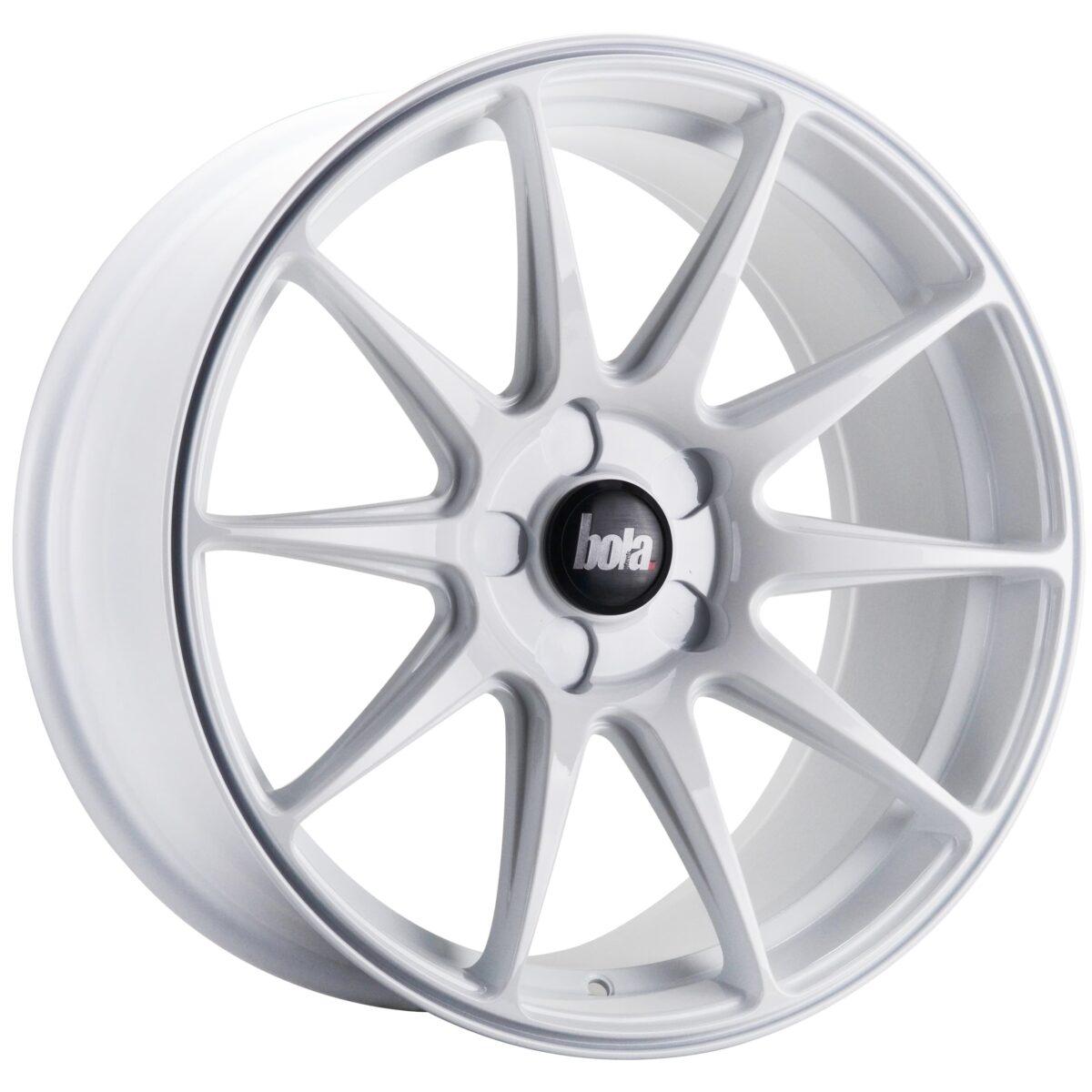 "18"" BOLA B15 Wheels - White - VW / Audi / Mercedes - 5x112"