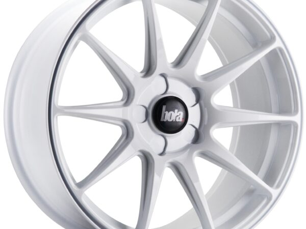 "18"" BOLA B15 Wheels - White - All BMW Models"